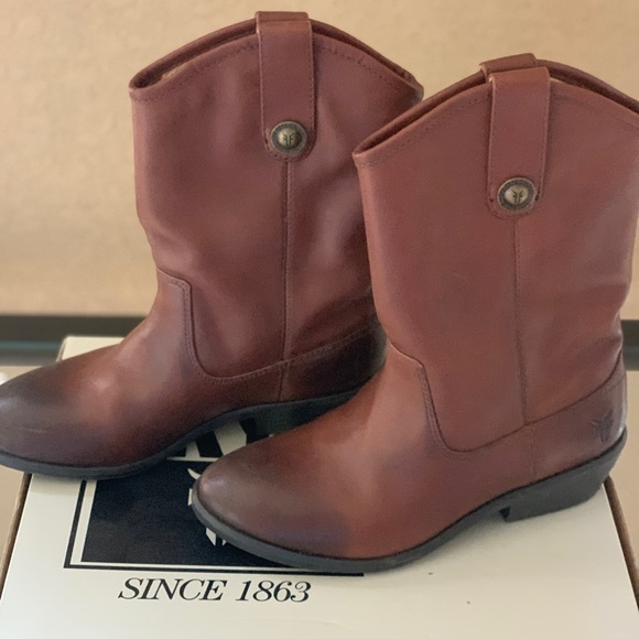 Frye Shoes | Girls Boots | Poshmark
